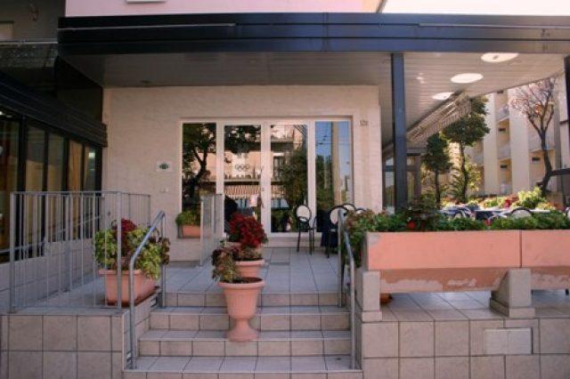 Entrata Hotel Olimpic