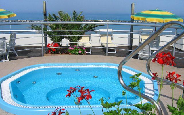 Terrazza Panoramica con vasca idromassaggio